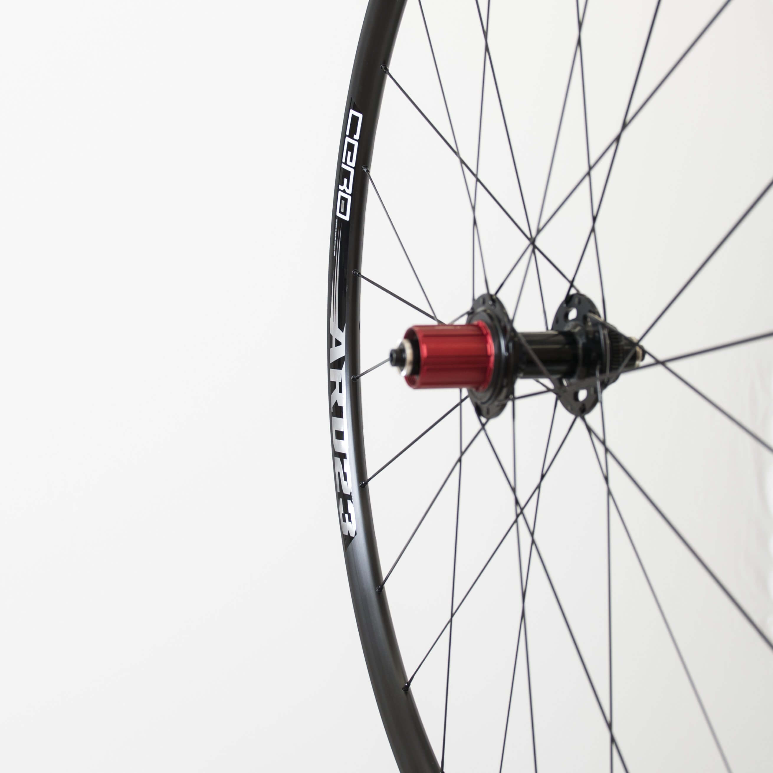 Cero Wheels - Cero ARD23 clinchers for discs at Cycle Division